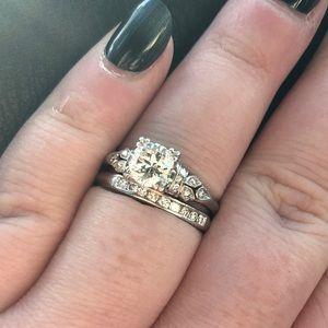 Platinum Diamond Engagement Ring+Wedding Band Set